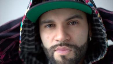 Photo of Akawui lanza videoclip para su single «Latino soy»